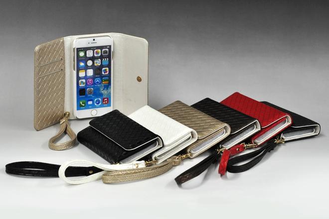 iPhone6/iPhone6 Plus対応 ストラップ付き手帳型レザーケース