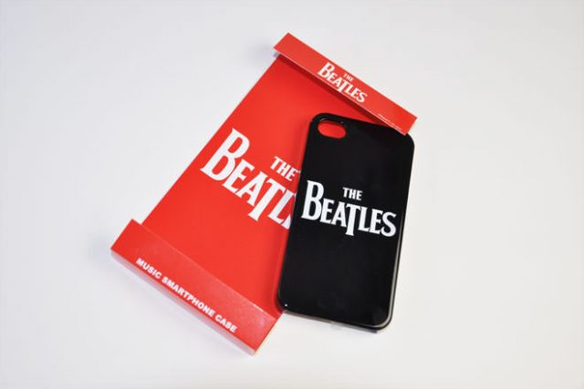 THE BEATLES iPhone4カバー 共同企画