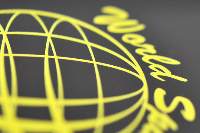 ロゴ iPhone4カバー WorldSpin様