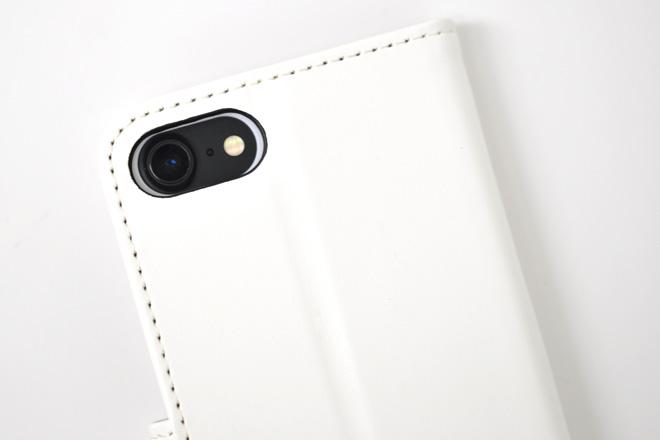 シンプルで機能的!iPhoneケースの機能ハードケース