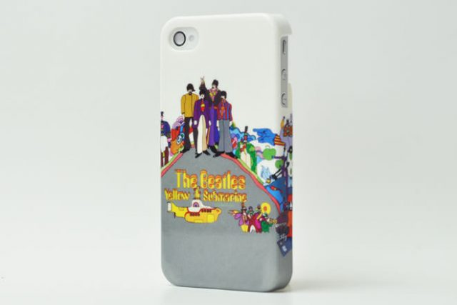 The Beatles「Yellow submarine NOTHINGIS REAL」 iPhone4カバー 共同企画