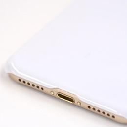 iPhone7ポリカーボネート製ハードケースの特徴