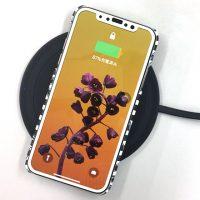 オリジナルiPhoneケースで無線充電って使えるの?